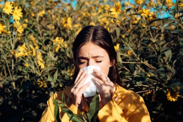 Best Ways To Fight Off Your Fall Allergies