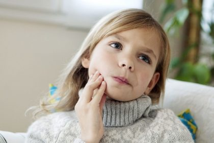 Signs Your Child Needs To Go to the Dentist